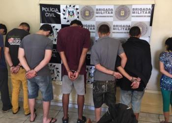 O grupo era liderados por dois detentos recolhidos no sistema penitenciário. Foto: Polícia civil/Divulgação