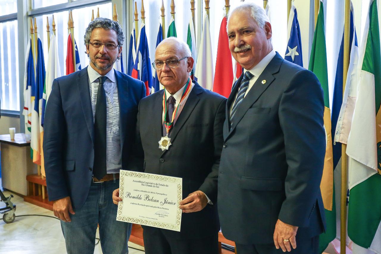 . A honraria foi uma proposição do deputado Ciro Simoni. Foto: Lucas Uebel/Divulgação