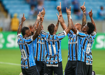 Com o resultado, o Grêmio segue na liderança do campeonato, com 10 pontos. Foto: Lucas Uebel/Divulgação