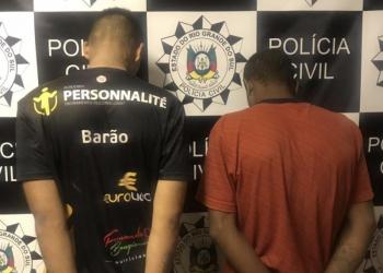 Dupla foi presa em flagrante na Vila Tamanca. Foto: Divulgação/Polícia Civil