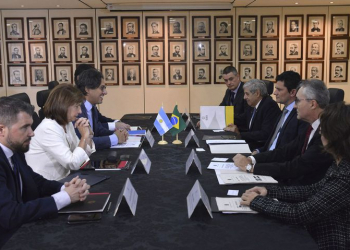 Ministro Sérgio Moro durante reunião com os Ministros Argentinos de Justiça e Direitos Humanos, Germán Garavano, e da Segurança, Patrícia Bullrich. Foto: Isaac Amorim/MJSP