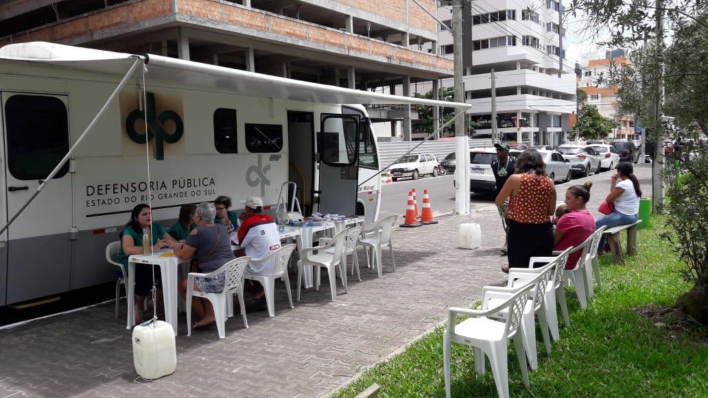 Atendimento começou nesta quarta-feira em Torres. Foto: Divulgação/DPE/RS