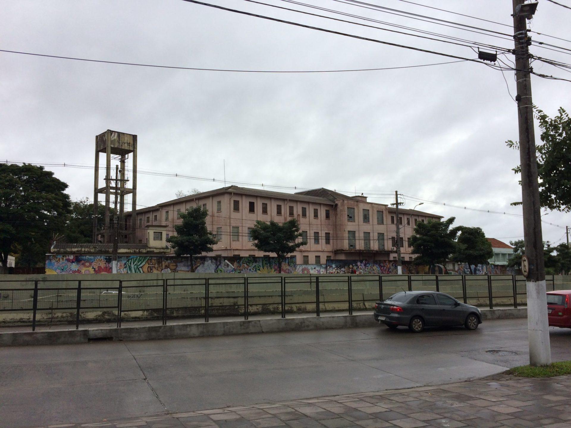 Penitenciária Feminina Madre Pelletier. Foto: Jaguatiritica - Obra do próprio, CC BY-SA 4.0, https://commons.wikimedia.org/w/index.php?curid=59769215