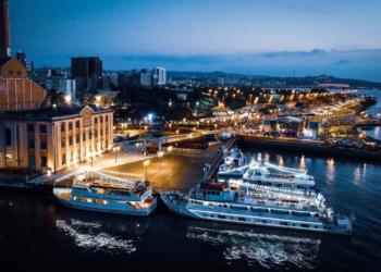Embarcações que fazem passeio pelo Guaíba partem do atracadouro na Usina. Foto: Jefferson Bernardes/PMPA
