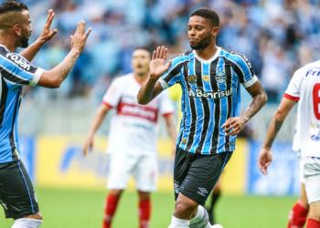 Equipe gremista não teve dificuldades na partida. Foto: Lucas Uebel/Divulgação