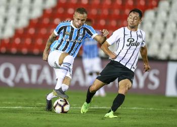 Everton foi autor dos dois gols do Grêmio na partida. Foto: Lucas Uebel/Divulgação