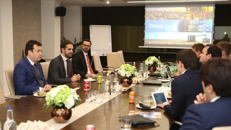 Em Londres, Leite conversa com investidores europeus. Foto: Rodger Timm /Palácio Piratini
