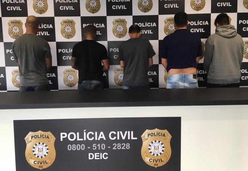 Os donos dos estabelecimentos comerciais foram presos em flagrante pelo crime de furto. Foto: Divulgação/Polícia Civil