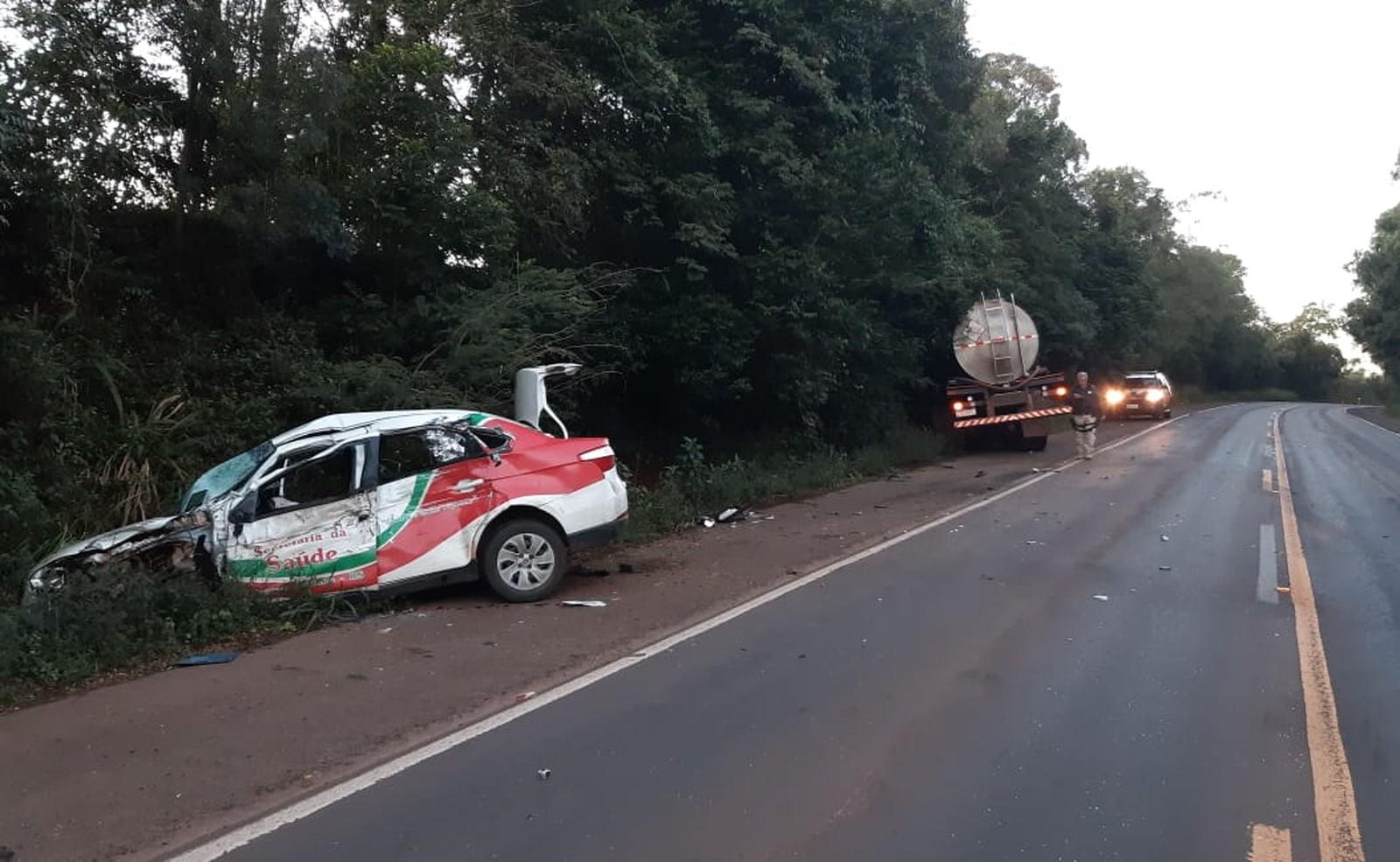 Carro é da prefeitura de Liberato Salzano. Foto: Divulgação/PRF