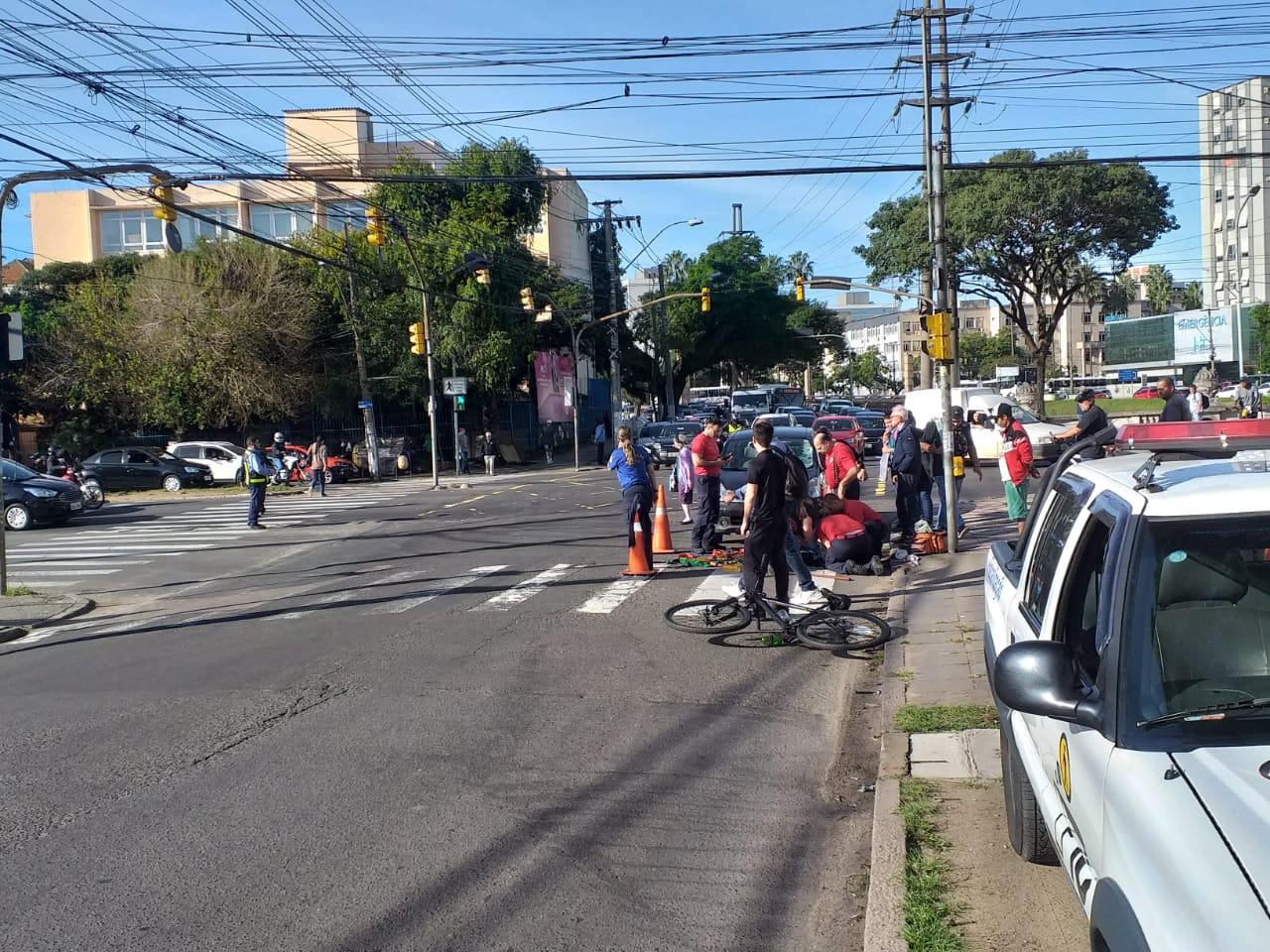 Trânsito ficou parcialmente bloqueado no trecho para atendimento à ocorrência. Foto: Divulgação/EPTC