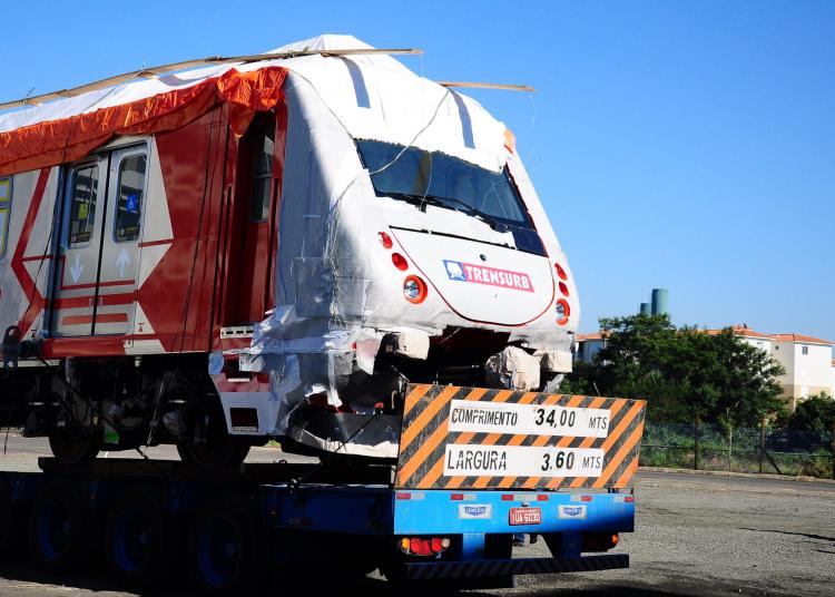 Trem da série 200 da Trensurb, fabricado pela Alstom. Foto: Arquivo Trensurb / Trensurb