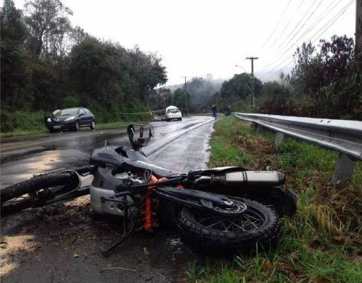 Motocicleta tem placas de Canoas. Foto: Divulgação/BM