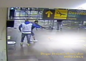 Câmeras de segurança flagraram o assassinato