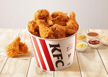 KFC balde de frango frito
