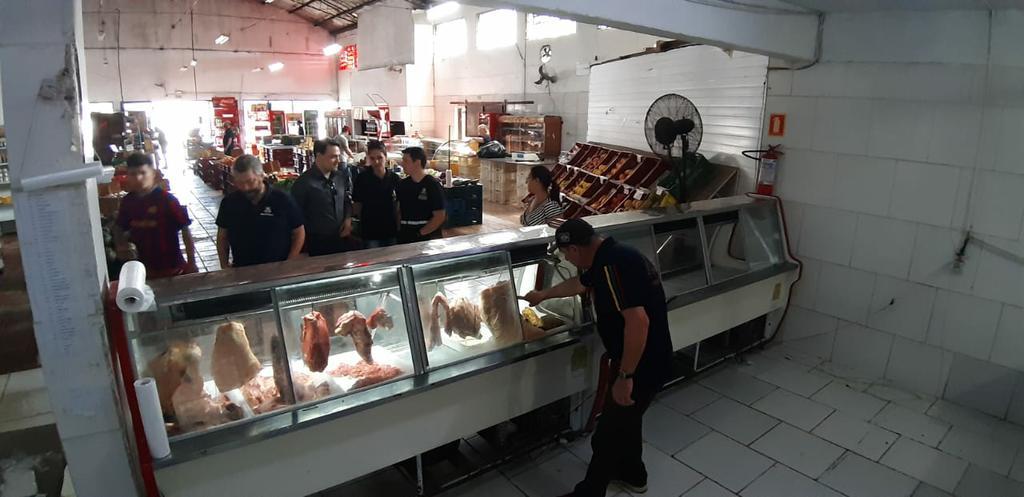 Programa Segurança Alimentar autuou três supermercados no município de Barra do Quaraí. Foto: Divulgação/MPRS