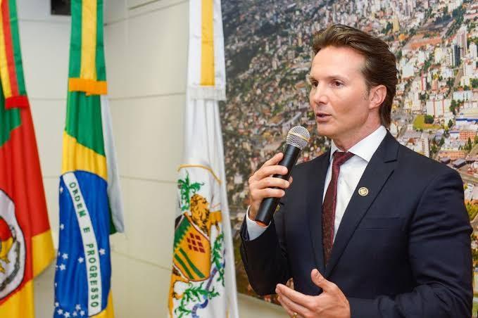 Foram 18 votos pela cassação do prefeito Daniel Guerra, quatro contra e uma abstenção. Foto: Divulgação