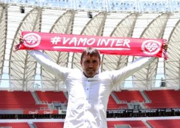 Eduardo Coudet assinou contrato de dois anos com o Inter. Foto: Mariana Capra/Divulgação