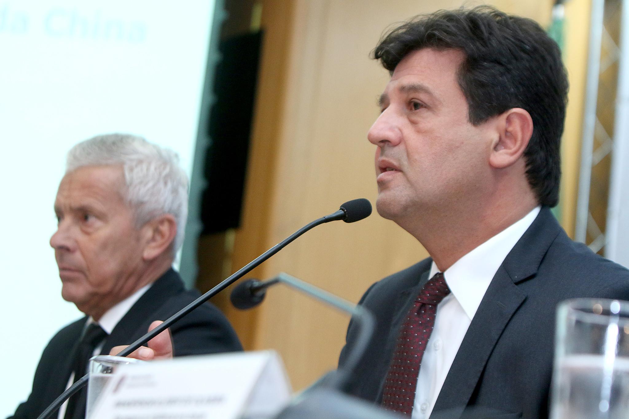 Luiz Henrique Mandetta pediu para que as viagens apenas sejam realizadas se forem necessárias.  Foto: Erasmo Salomão/MS