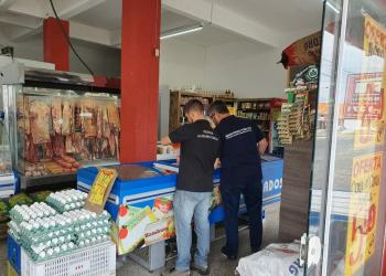 Foram apreendidas 4,6 toneladas de produtos impróprios para o consumo durante a operação. Foto: Divulgação/MPRS