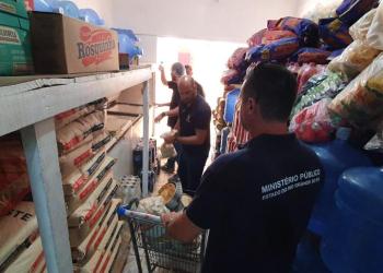 Agentes em ação pelo Programa Segurança Alimentar. Foto: Divulgação/MPRS