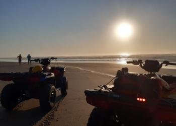 Corpo foi localizado em frente à guarita 5 da Praia Grande. Foto: Divulgação/Corpo de Bombeiros