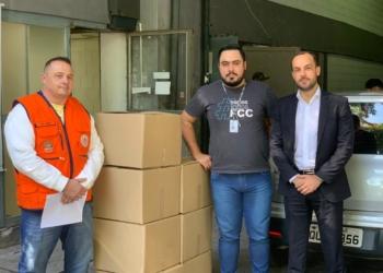 Para colaborar com as secretarias de saúde municipais e estaduais, a FCC produziu materiais para doação. Foto: Divulgação