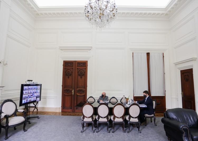 Do Palácio Piratini, por meio de videoconferência, governador Leite participou de reunião com o presidente Bolsonaro. Foto: Felipe Dalla Valle / Palácio Piratini