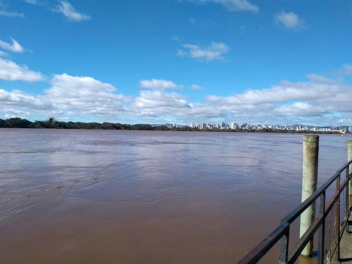 Cheia do Guaíba é monitorada pelo Centro Integrado de Comando da Cidade de Porto Alegre. Foto: CEIC/Divulgação