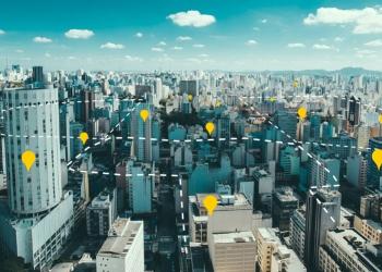 Carteiros percorrem milhares de residências e estabelecimentos comerciais, possibilitando o mapeamento do perfil de todos esses endereços. Foto: Reprodução