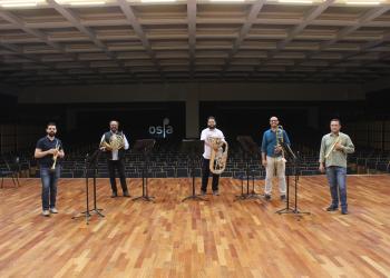 Quinteto no palco