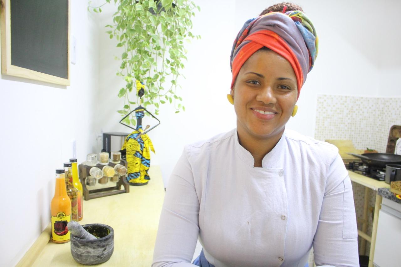 Aline Chermoula integra o evento. Ela é chef e pesquisadora da cozinha diaspórica africana pelas Américas. Foto: Divulgação