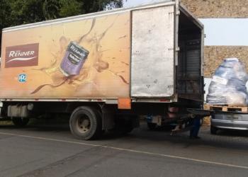 Renner caminhão de doação.