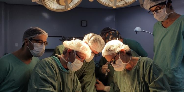 Somadas, cirurgias tiveram mais de 40 horas de duração. Foto: Carol Fornasier/Santa Casa