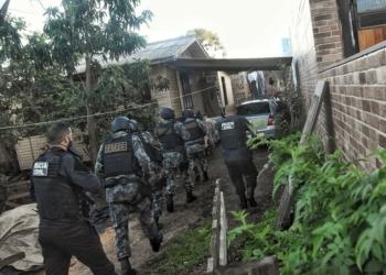 500 policiais civis e militares participaram da ofensiva. Foto: Divulgação/Polícia Civil