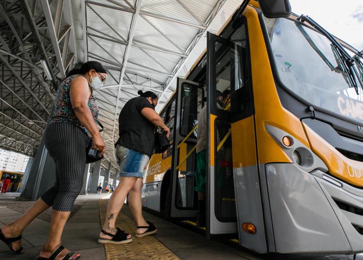 Porto Alegre, RS - 13/01/2021: Transporte coletivo - modal Ônibus. Foto: Cesar Lopes/PMPA