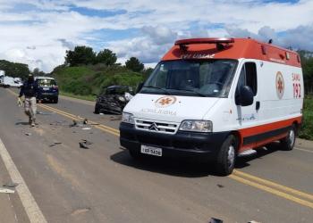 O trânsito ficou em meia pista. Foto: Divulgação/PRF