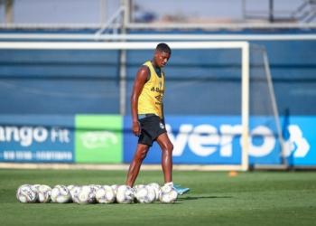 Jean Pyerre durante os treinos. Foto: Lucas Uebel/ Grêmio