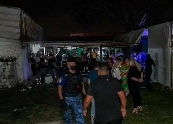 Agentes deram fim a duas festas clandestinas, uma com 450 pessoas e a outra com 500. Foto: Divulgação/Guarda Municipal