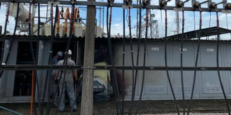 Esquipes da CEEE estão trabalhando no local. Foto: CEEE/Divulgação