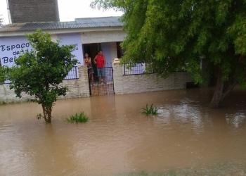 Água invadiu ao menos 20 residências em Capão do Leão. Foto: divulgação/Defesa Civil