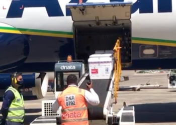 Lote de vacinas de Oxford chegam a Porto Alegre. Crédito: Secom-RS