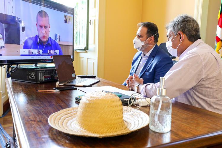 Anúncio foi feito pelo prefeito Sebastião Melo e o vice Ricardo Gomes na reunião do Comue. Foto: Giulian Serafim/PMPA