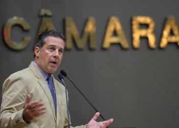 Ex-vereador Valter Nagelstein, na Câmara de Porto Alegre. Registro de 04/03/2020. Foto: Débora Ercolani/CMPA (arquivo)