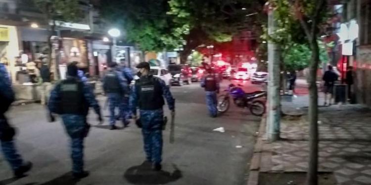 Agentes da Guarda Municipal dispersaram aglomerações na madrugada desta quinta-feira (3), na capital. Foto: Guarda Municipal/Divulgação