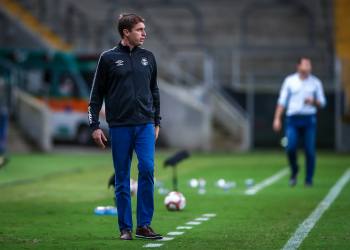 Thiago assume comando da equipe tricolor. Foto: Lucas Uebel/Grêmio