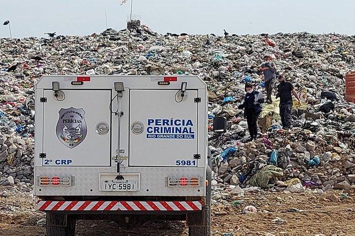 O corpo de um jovem foi encontrado no aterro Rincão das Flores. Foto: Divulgação/Polícia Civil