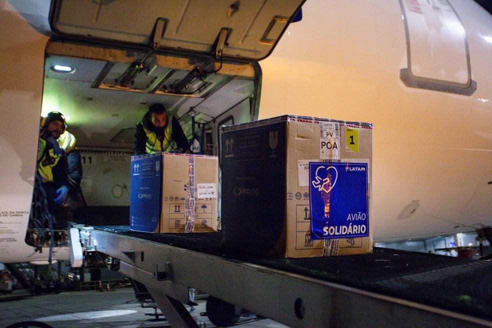 Lote com 65.520 doses de vacina da Pfizer chega ao Estado. Foto: Felipe Dalla Valle / Palácio Piratini