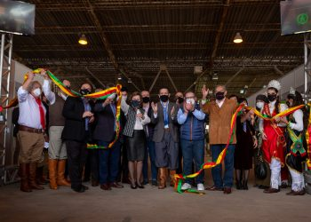 Vice-governador Ranolfo e secretária Silvana cortaram a faixa inaugural da 44ª Expointer - Foto: Felipe Dalla Valle / Palácio Piratini